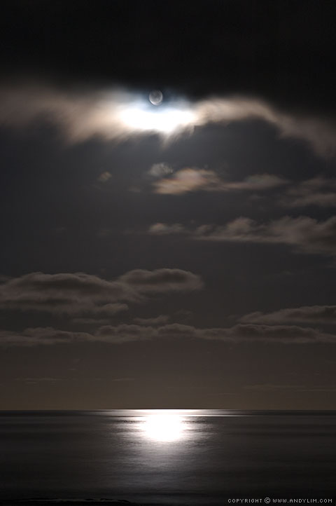 GreatOceanRoad_Moonlit