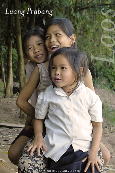 laos_prabang_children2