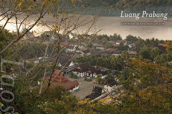 laos_prabang_watmaimekong