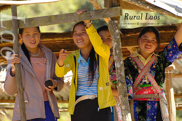 laos_rural_girls